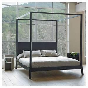 Lit 180x200 Design : breda lit baldaquin 180x200 punt design en bois massif ~ Teatrodelosmanantiales.com Idées de Décoration