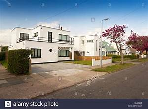 Art Deco Haus : 1930s house uk stockfotos 1930s house uk bilder alamy ~ Watch28wear.com Haus und Dekorationen