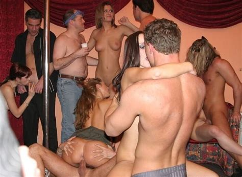 Wild Group Sex Orgy Hardcore Amateur Porn Mom Porn Photo