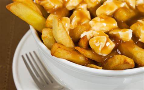 plat simple à cuisiner recette poutine plat québécois pas chère et simple