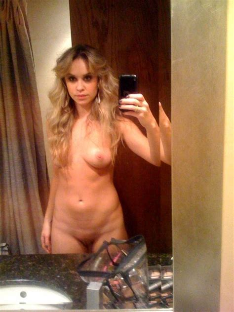 Becca Tobin Naked Photos Thefappening
