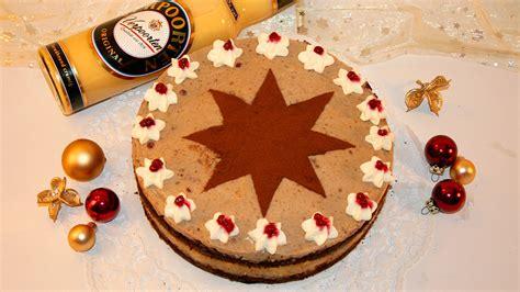 Rezept Fuer Hellen Gluehwein Mit Sanddorn by Festliche Weihnachtstorte Mit Apfel In Heller Gl 252 Hwein