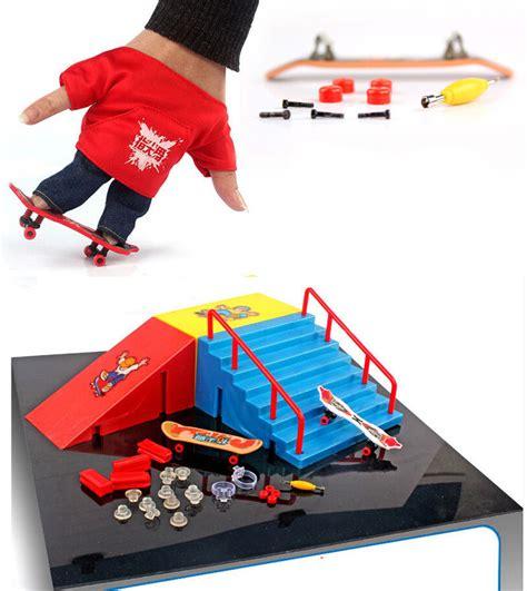 tech deck skatepark toys r us fingerboard finger skateboard runway originality