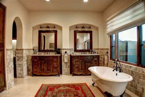 Tuscan Bathroom Design by Tuscan Bathroom With Clawfoot Tub And Vanities