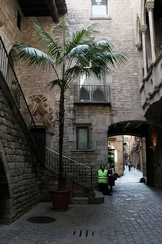 preplanned  day barcelona city guide
