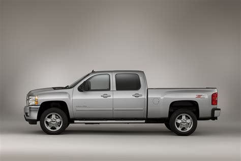 Chevrolet Silverado Hd by New Chevy Hd Has Unseen Goodies Aplenty Gm Authority