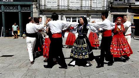 Portugal Traditionen by Danses Folkloriques Viana Do Castelo Portugal