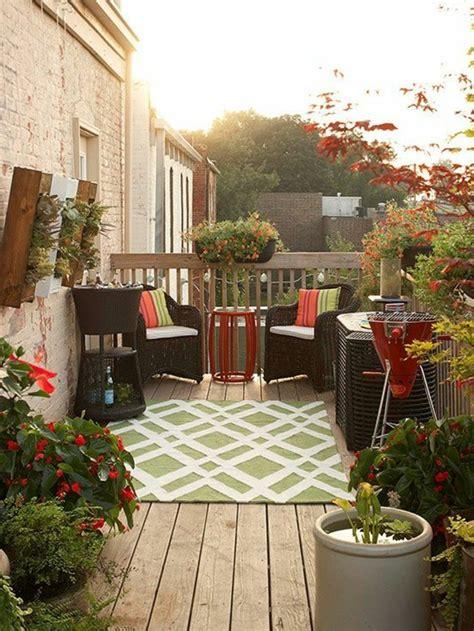 comment fleurir son balcon en   avec des idees