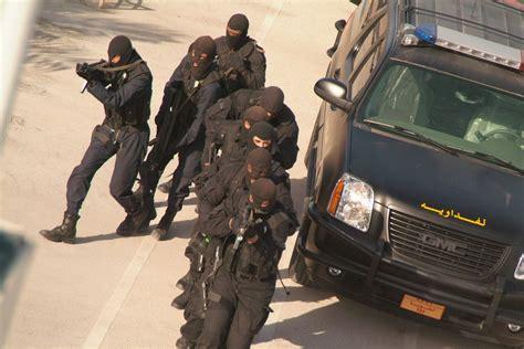 consolato cinese roma polizia elimina tre terroristi responsabili attacco