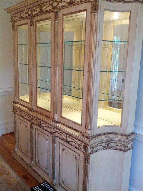 how to decorate a china cabinet mark sunderland on design how to decorate a china cabinet