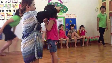 activity of kindergarten class 109   maxresdefault