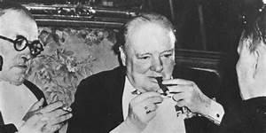 Winston Churchill est décédé il y a 50 ans. Boire et fumer ...