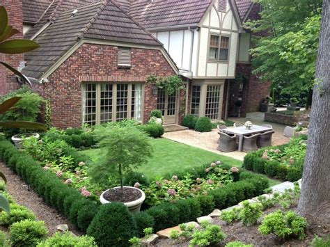 Garden Designs by Beautiful And Functional Garden Design