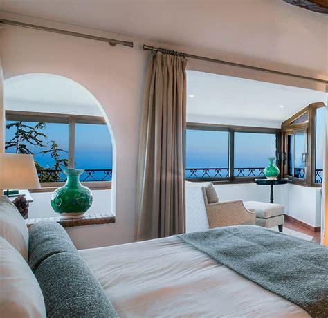 chambre deluxe chambre deluxe à l 39 hôtel château de la chèvre d 39 or