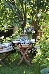 Table Jardin En Bois : comment choisir une table et chaises de jardin ~ Teatrodelosmanantiales.com Idées de Décoration