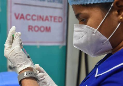 Panvel: COVID vaccination drive temporarily halted due to ...