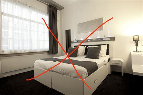 orientation du lit dans une chambre orientation du lit feng shui veglix com les dernières