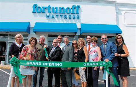 Fortunoff Mattress Hosts Ribbon-Cutting For First Long