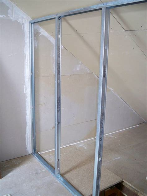 montage d un plafond en placo monter une cloison placo swyze