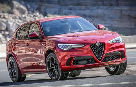 2019 Alfa Romeo Stelvia Coupe : What's New 2019 Alfa Romeo, What's New 2019 Maserati The