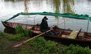 Thames Camping Skiff Hire