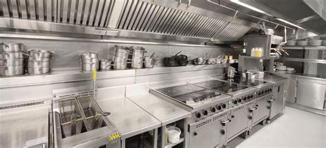 maneiras de realizar  higiene em cozinhas industriais
