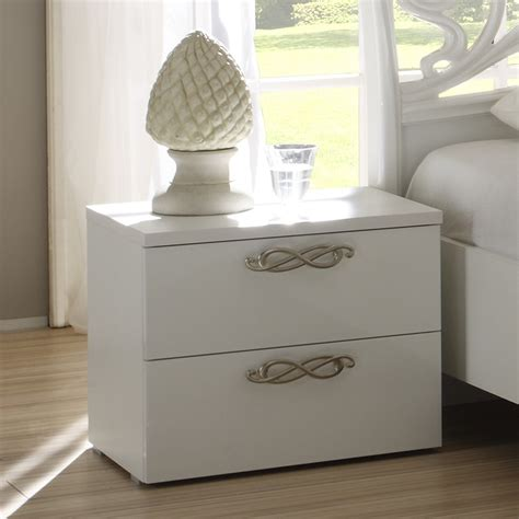 table chevet blanche tables de chevet blanches maison design wiblia