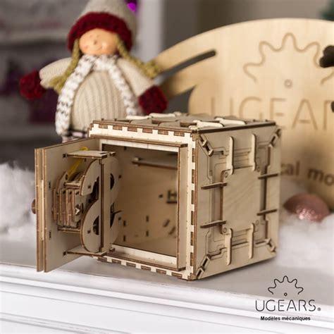 coffre fort puzzle 3d m 233 canique en bois ugears ugears models