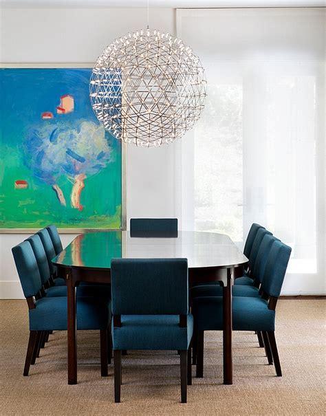Oversized Pendants: Shining A Spotlight On The Hot Design