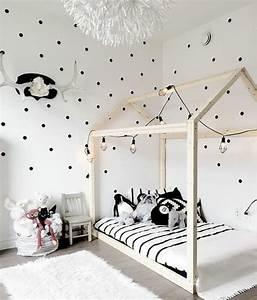 337 best images about chambre d39enfant on pinterest for Luminaire chambre enfant avec matelas babychou