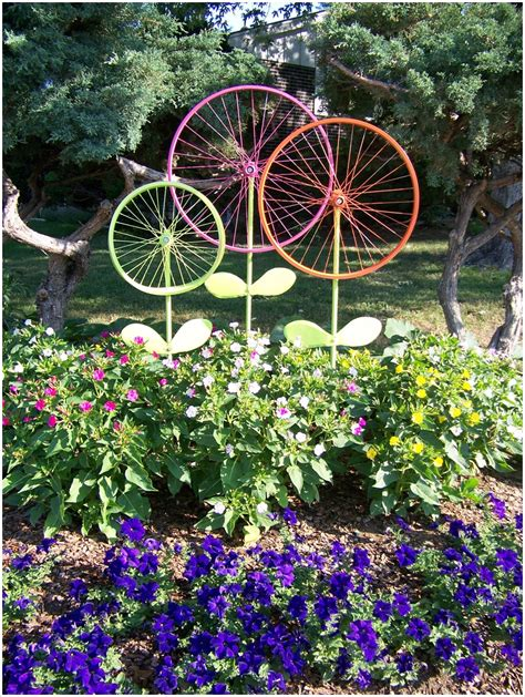 Used Garden Decoration by 10 Fabulous Ideas To Use Bike Wheels For Garden Decor