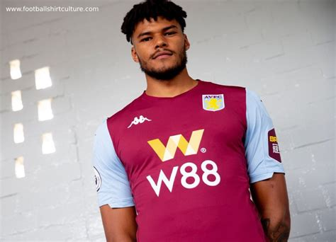 Aston Villa 2019-20 Kappa Home Kit | 19/20 Kits | Football ...