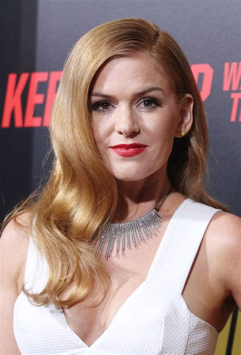 Welcome to isla fisher fan. Isla Fisher At premiere of 'Keeping Up with the Joneses ...