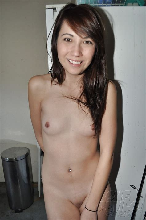 Asian Amateur Teens And Sexy Nude Gf S Selfies 24 Pics