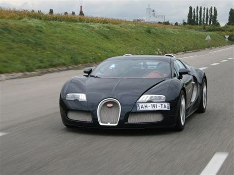 In video footage of the veyron hitting 231 mph in just. LATEST BIKES & CARS-PRICE,REVIEW,TESTRIDE: Bugatti Veyron 16.4 Grand Sport launched in India!