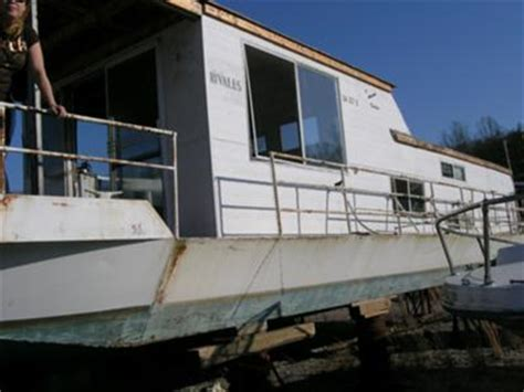 older sumerset houseboat tips  rebuild  remodel