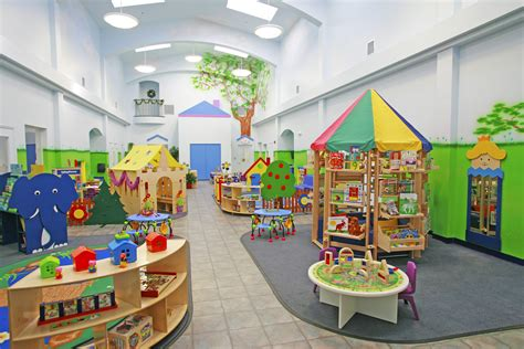 daycare center early childhood creative world school