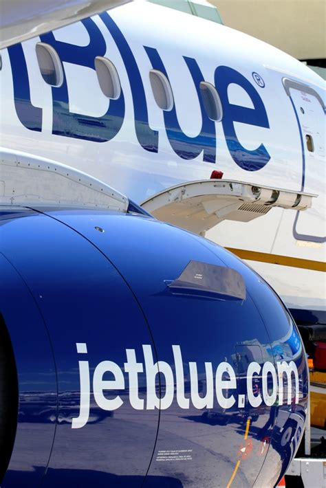 jetblue airways regroups after hurricane disruption plans lower capacity growth in 2018 capa