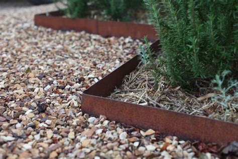 Metal Garden Edging Ideas garden landscaping ideas for borders and edges