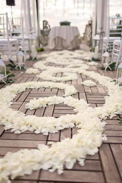 Wedding Trends Aisle Petals Belle The Magazine