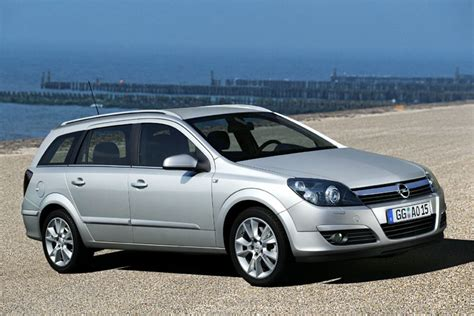 Opel Astra Sw images for gt opel astra sw