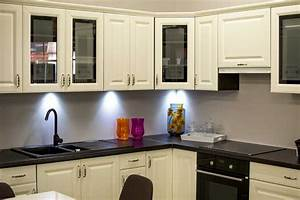 9 chalk painting kitchen cabinets questions and their answers for What kind of paint to use on kitchen cabinets for wall art piece