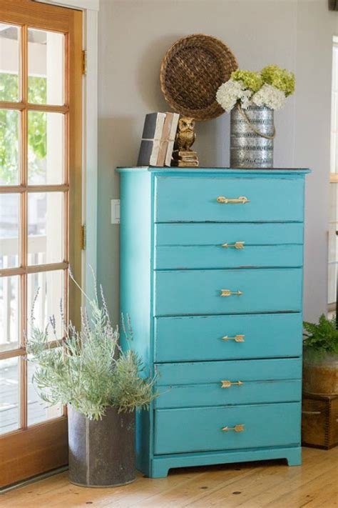 Summer's must have paint colors for your home