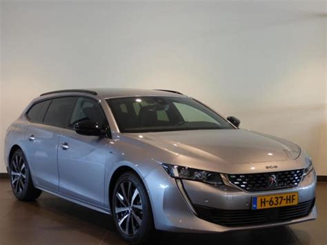 It's guaranteed to offer a highly distinctive driving experience. Peugeot 508 Sw GT-Line HYbrid 225 e-EAT8 ELEKTR A KLEP ...