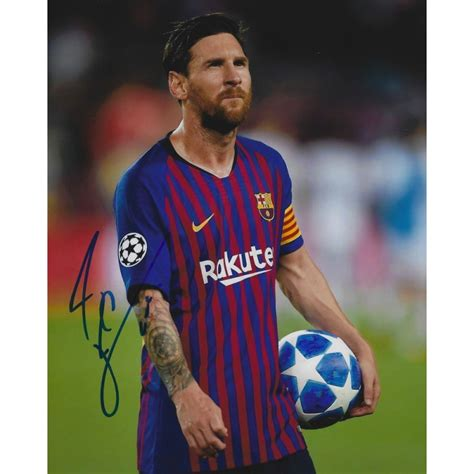 1 day ago · lionel messi faces the media during a news conference at camp nou. Autographe Lionel MESSI (Photo dédicacée)