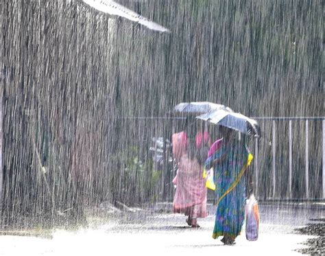 rain heavy kerala weather rains depression intensifies south english lashes formed mathrubhumi