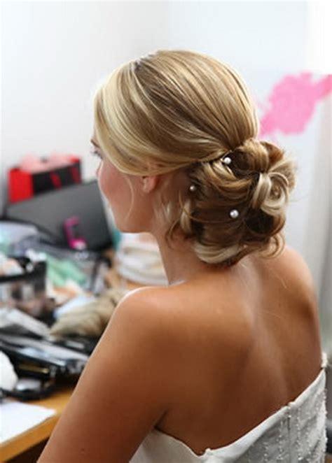 Wedding up hair