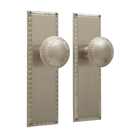 egg dart door knob  plate set privacy passage