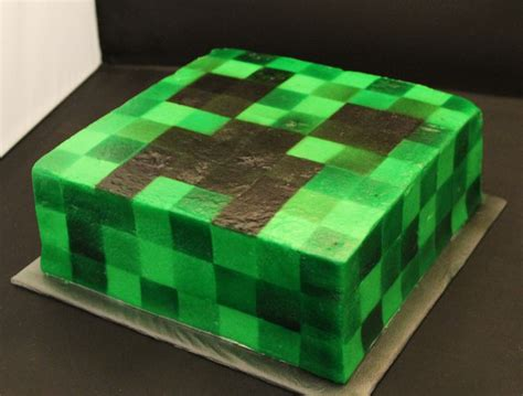 minecraft creeper cake minecraft creeper cake airbrushed buttercream cakes and