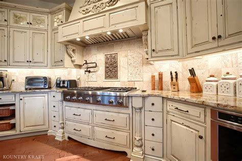 Distressing Kitchen Cabinets by Custom Distressed Kitchen Cabinets In Mohnton Pennsylvania